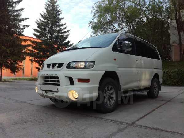 Mitsubishi Delica, 2001 год, 415 000 руб.