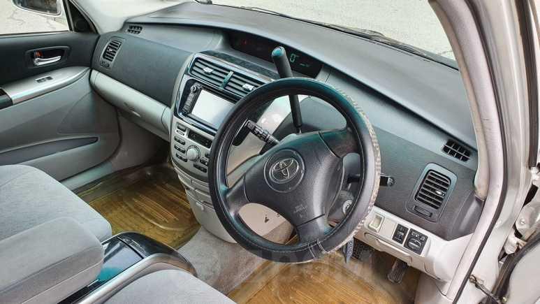 Toyota Opa, 2003 год, 230 000 руб.
