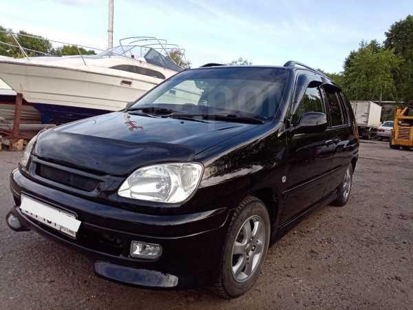 Toyota Raum, 1999 год, 285 000 руб.