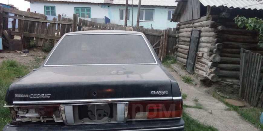Nissan Cedric, 1990 год, 100 000 руб.