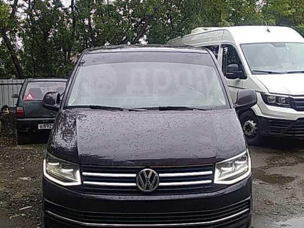 Volkswagen Caravelle, 2015 год, 1 600 000 руб.