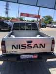 Nissan NP300, 2010 год, 624 000 руб.