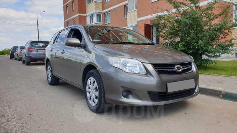 Toyota Corolla Fielder, 2011 год, 545 000 руб.