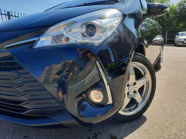 Toyota Vitz, 2017 год, 695 000 руб.