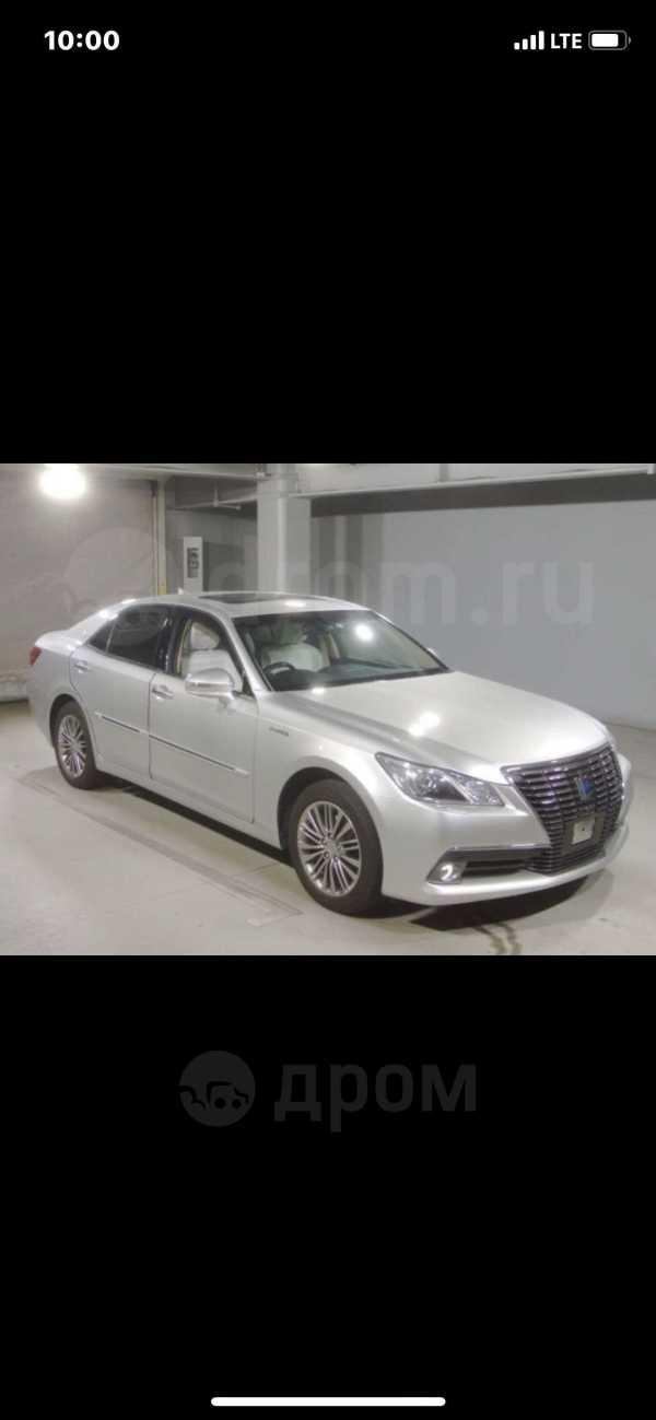 Toyota Crown, 2014 год, 1 800 000 руб.