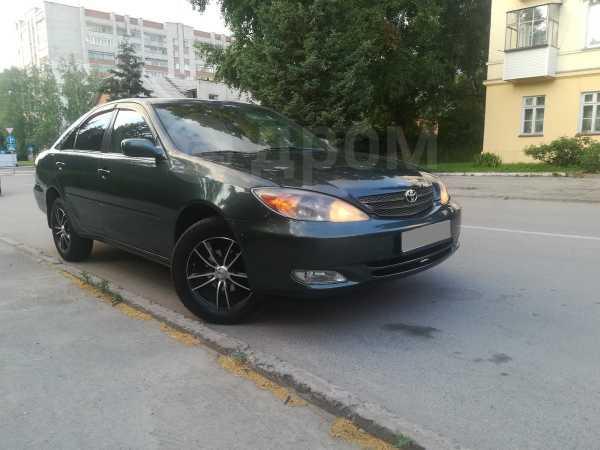 Toyota Camry, 2001 год, 395 000 руб.