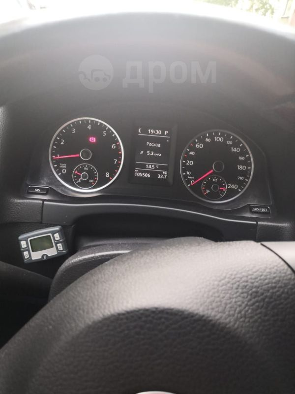 Volkswagen Tiguan, 2012 год, 900 000 руб.