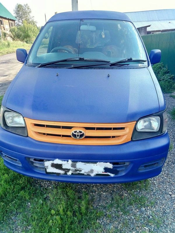 Toyota Town Ace, 2001 год, 340 000 руб.