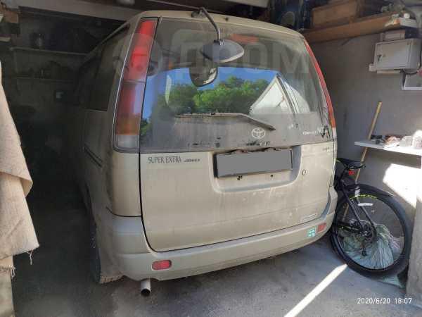 Toyota Town Ace Noah, 1997 год, 150 000 руб.