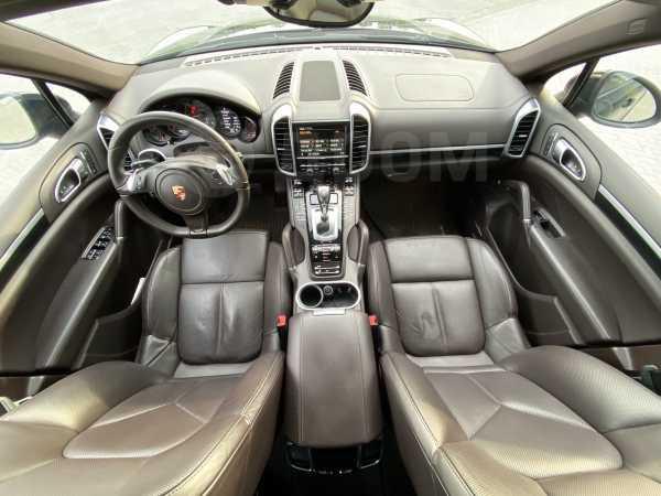 Porsche Cayenne, 2012 год, 2 248 000 руб.