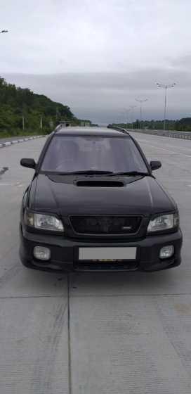 Артём Forester 2000