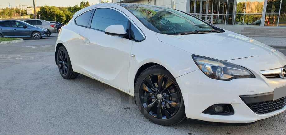 Opel Astra GTC, 2013 год, 545 000 руб.