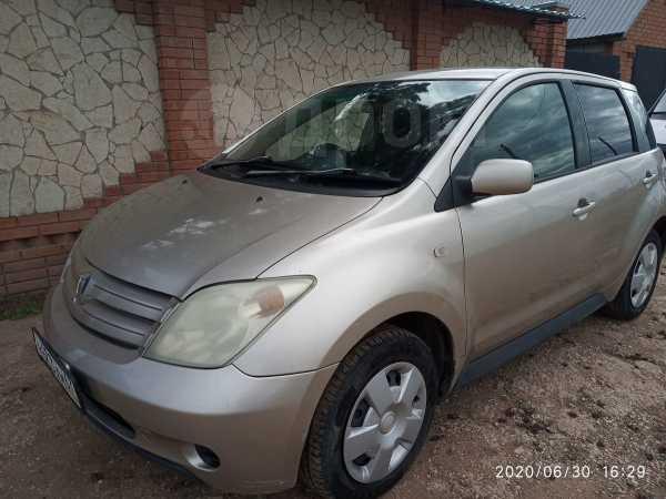 Toyota ist, 2002 год, 205 000 руб.