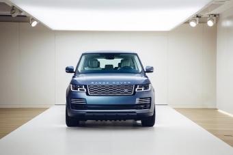 Специальные цены на Land Rover в наличии. Купите в Inchcape