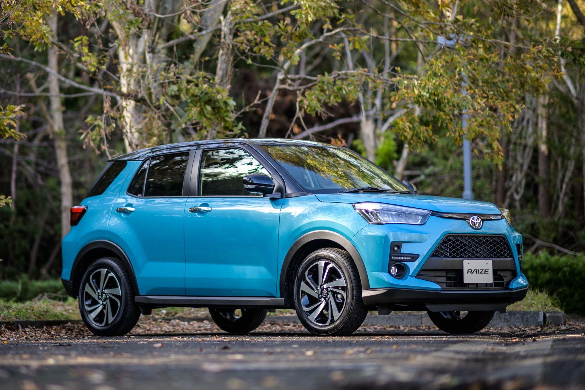 Бестселлеры Японии в первой половине 2020 года: новые Тойоты разлетаются, как горячие пирожки