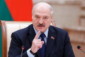 Лукашенко сообщил, когда белорусы разработают собственный электромобиль