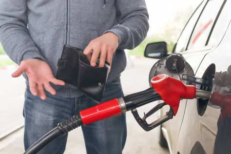 В России снова фиксируют рост розничных цен на бензин