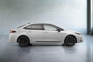 Седан Toyota Corolla обзавелся модификацией GR Sport