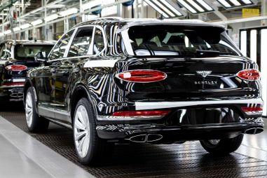 Обновленный Bentley Bentayga появится в России в конце года