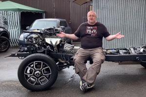 Ютуб-блогер разобрал новенький УАЗ Патриот и посмотрел, из чего он сделан