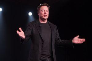 Маск: Tesla будет продавать комплектующие и ПО конкурентам