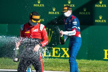 Формула 2, Формула 3: Шварцман на подиуме, Смоляр набирает очки