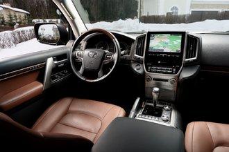 Toyota Land Cruiser 200 (второй рестайлинг)