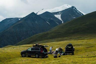 Путешествие в Монголию — 2019. К снежникам горы Цаст-Уул