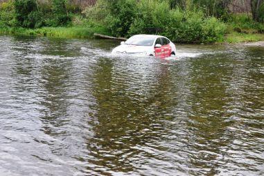 Кроссовер на бездорожье: не взлетим, так поплаваем