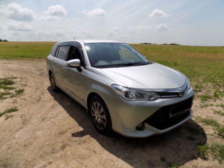 Toyota Corolla Fielder 2015 - отзыв владельца