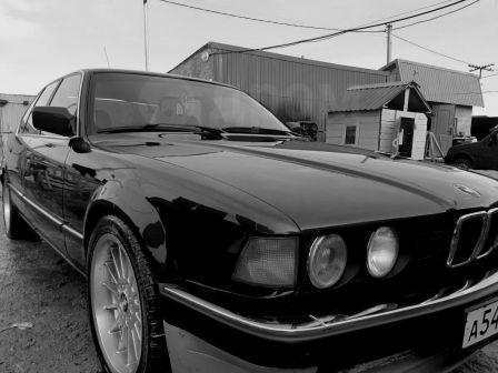 BMW 7-Series 1989 - отзыв владельца