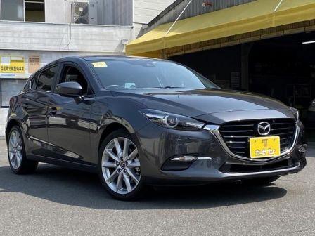 Mazda Axela 2017 - отзыв владельца
