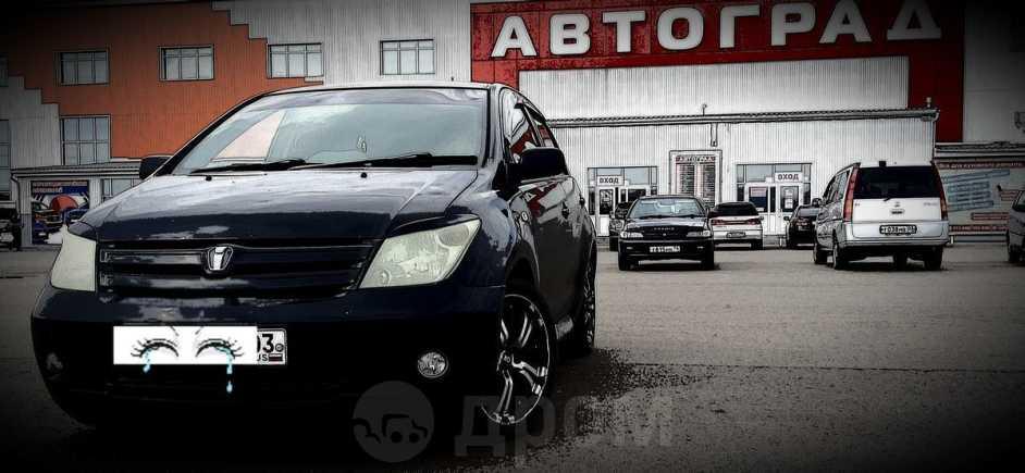 Toyota ist, 2004 год, 445 000 руб.