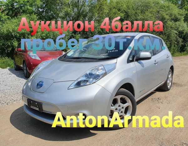 Nissan Leaf, 2011 год, 330 000 руб.