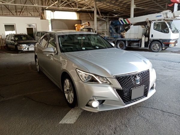 Toyota Crown, 2014 год, 1 700 000 руб.