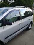 Volkswagen Sharan, 2001 год, 425 000 руб.