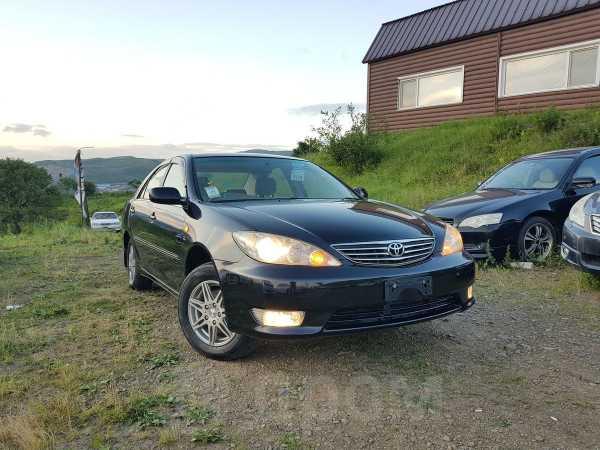 Toyota Camry, 2004 год, 280 000 руб.