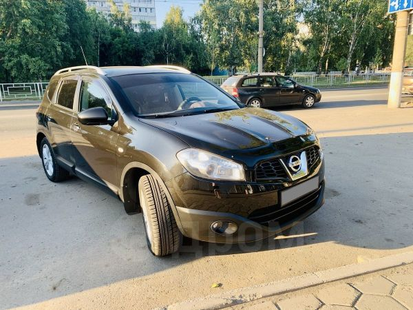Nissan Qashqai+2, 2010 год, 605 000 руб.