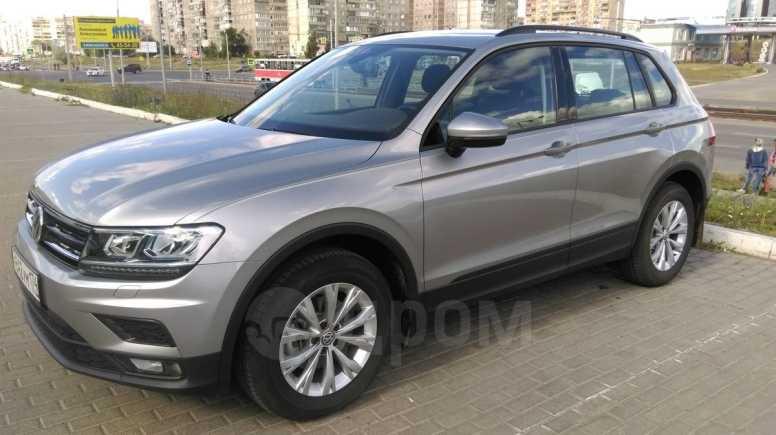 Volkswagen Tiguan, 2019 год, 1 800 000 руб.