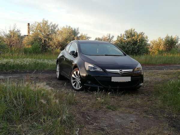 Opel Astra GTC, 2013 год, 515 000 руб.