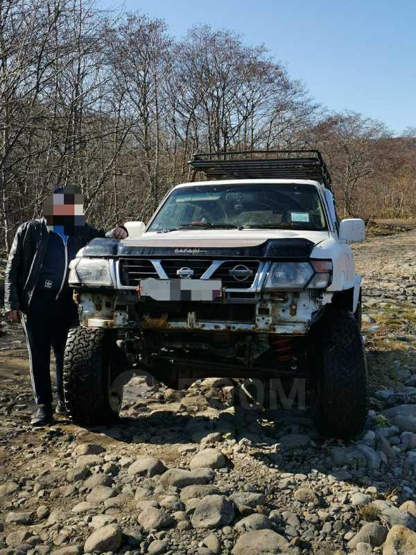 Nissan Safari, 1997 год, 555 555 руб.