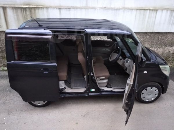 Nissan Roox, 2011 год, 275 000 руб.