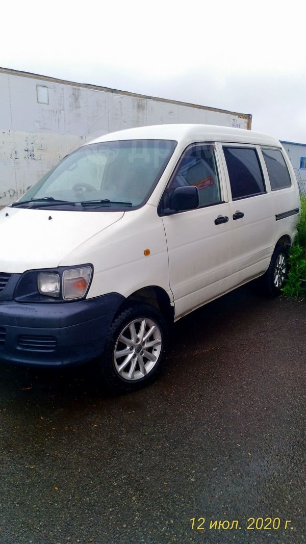 Toyota Town Ace, 2000 год, 410 000 руб.