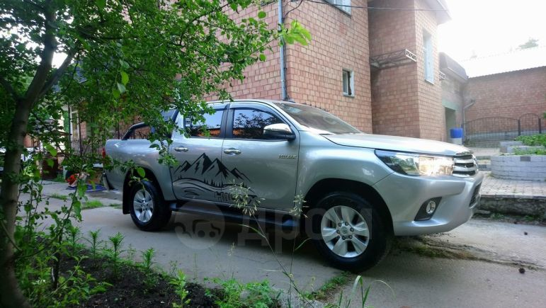 Toyota Hilux Pick Up, 2018 год, 2 250 000 руб.