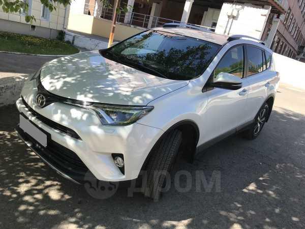 Toyota RAV4, 2018 год, 1 740 000 руб.