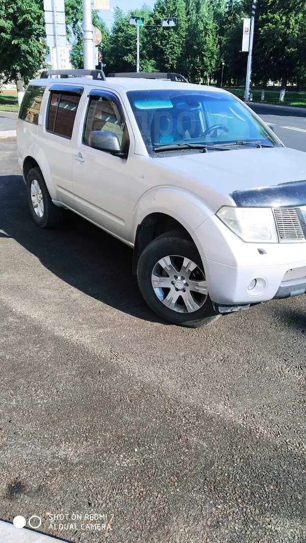 Nissan Pathfinder, 2007 год, 690 000 руб.