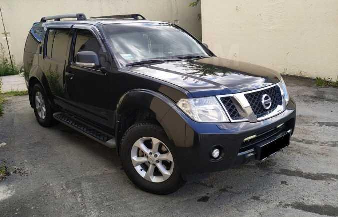 Nissan Pathfinder, 2010 год, 840 000 руб.