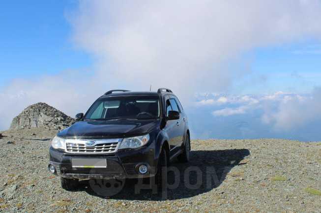 Subaru Forester, 2011 год, 1 000 000 руб.