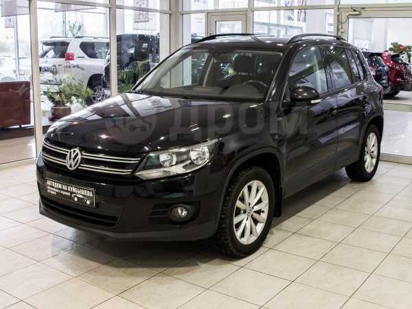 Volkswagen Tiguan, 2016 год, 878 000 руб.