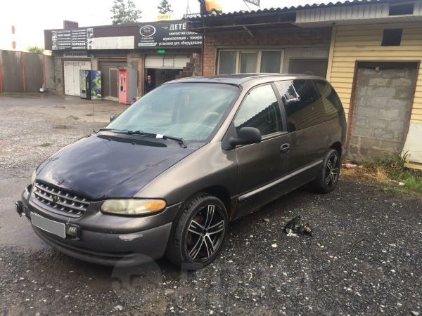 Plymouth Voyager, 1997 год, 90 000 руб.